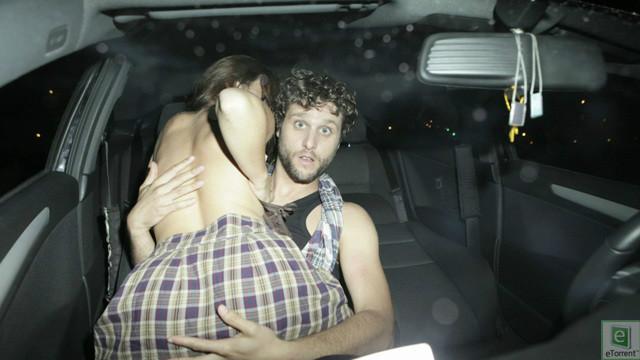 【※草不可避※】カーセックスしてるカップルにフラッシュ焚いて写真撮ったった結果wwwwwwwwwwwwwwwww(画像あり) 01