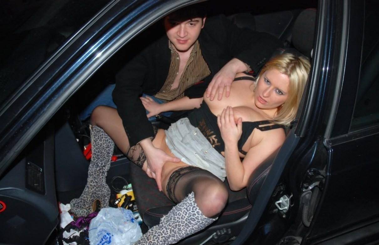 【※草不可避※】カーセックスしてるカップルにフラッシュ焚いて写真撮ったった結果wwwwwwwwwwwwwwwww(画像あり) 03