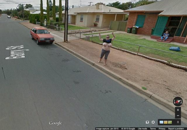 【※画像あり】Googleマップのストリートビューに偶然映ったおっぱいを集めた結果。 ←これって盗撮にならないの?wwwwwww(画像多量) 04