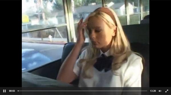 ビッチ素人外人 電車の中で美味しそうな外人制服美少女が痴女に変貌の極上パイズリ抜き 03