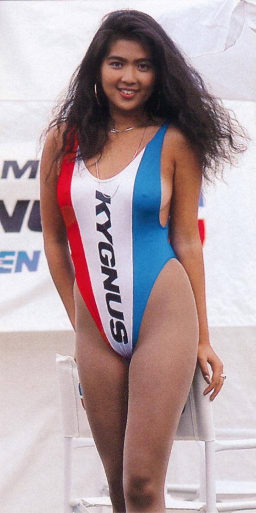 【※時代超越】お ま え ら バ ブ ル 全 盛 期 の 女 共 の 水 着 姿 知 っ て る??wwwwwwwwwwwwwwwwww(画像あり) 02