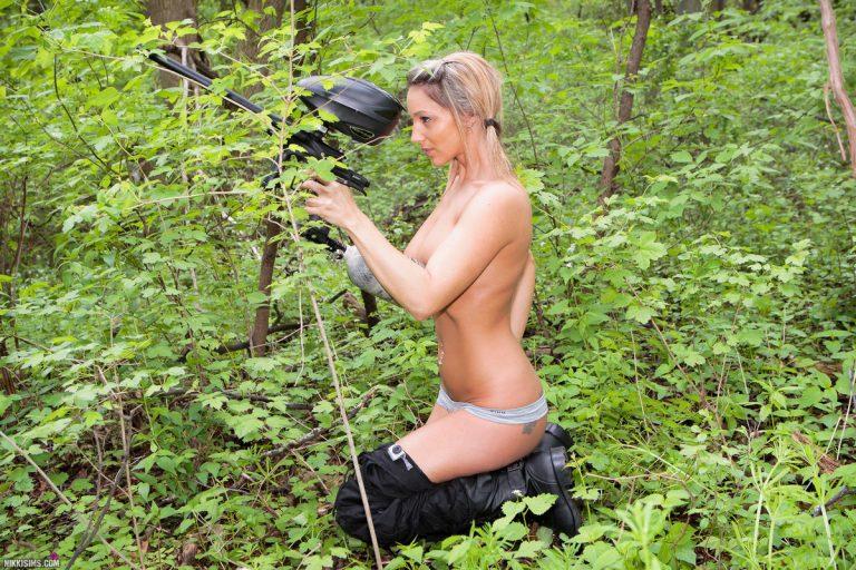 【※時事ネタ】女スナイパーブームなので女子スナイパーのちょっとすけべな画像集めてみたンゴwwwwwwwwwwwwww 04