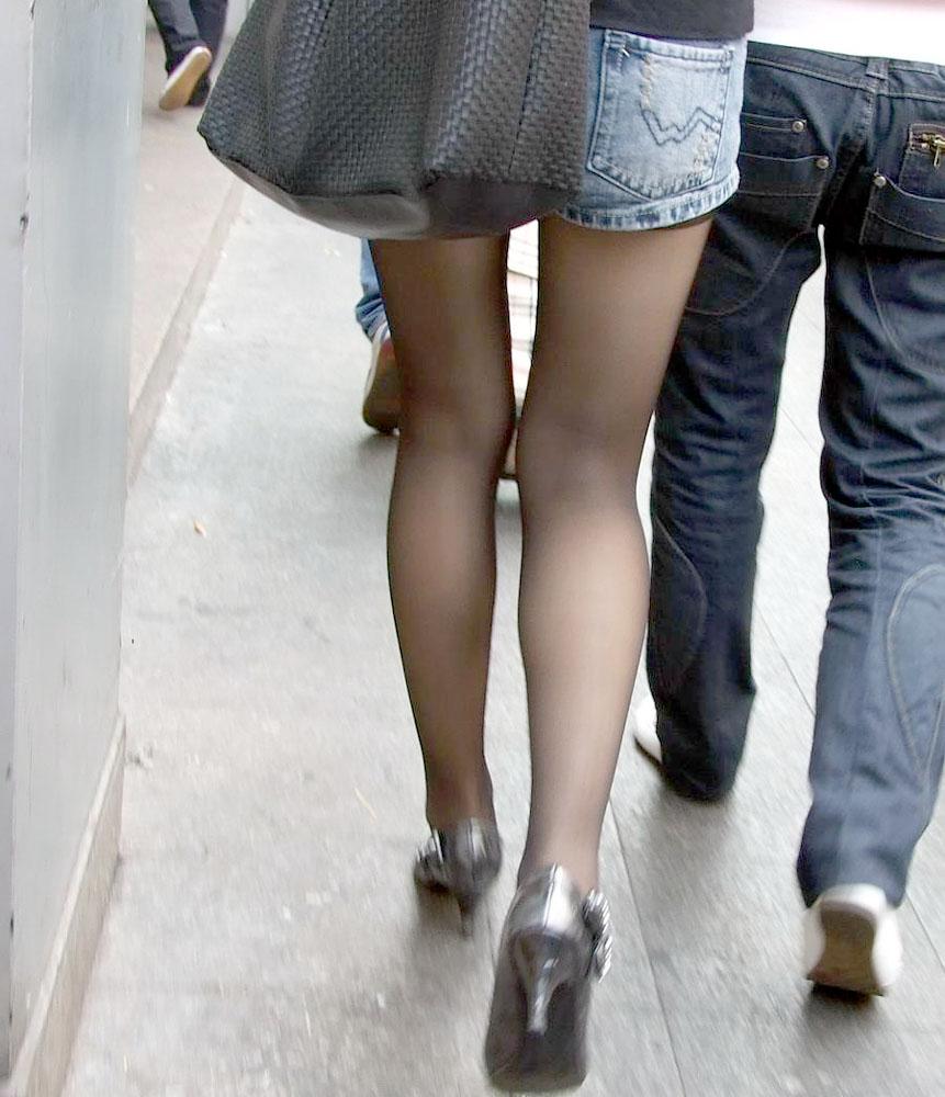 【ショーパンエロ画像】素肌の代わりに脚線美が際立つ冬仕様のショーパン美脚www 07