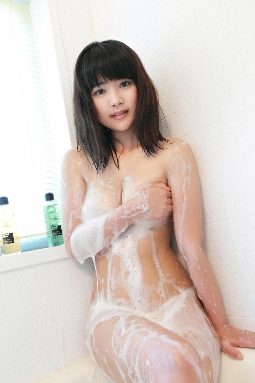 【入浴エロ画像】2人でする方が楽しいからどう?泡まみれの洗体女子www 15