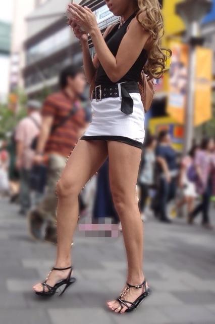 【美脚エロ画像】見入ってしまうムッチリ太ももが素敵!街角美脚チェックwww 01