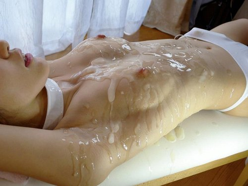 【ぶっかけエロ画像】(※閲覧注意)乾く前に洗う事推奨w大量ぶっかけの餌食になった女体www 07
