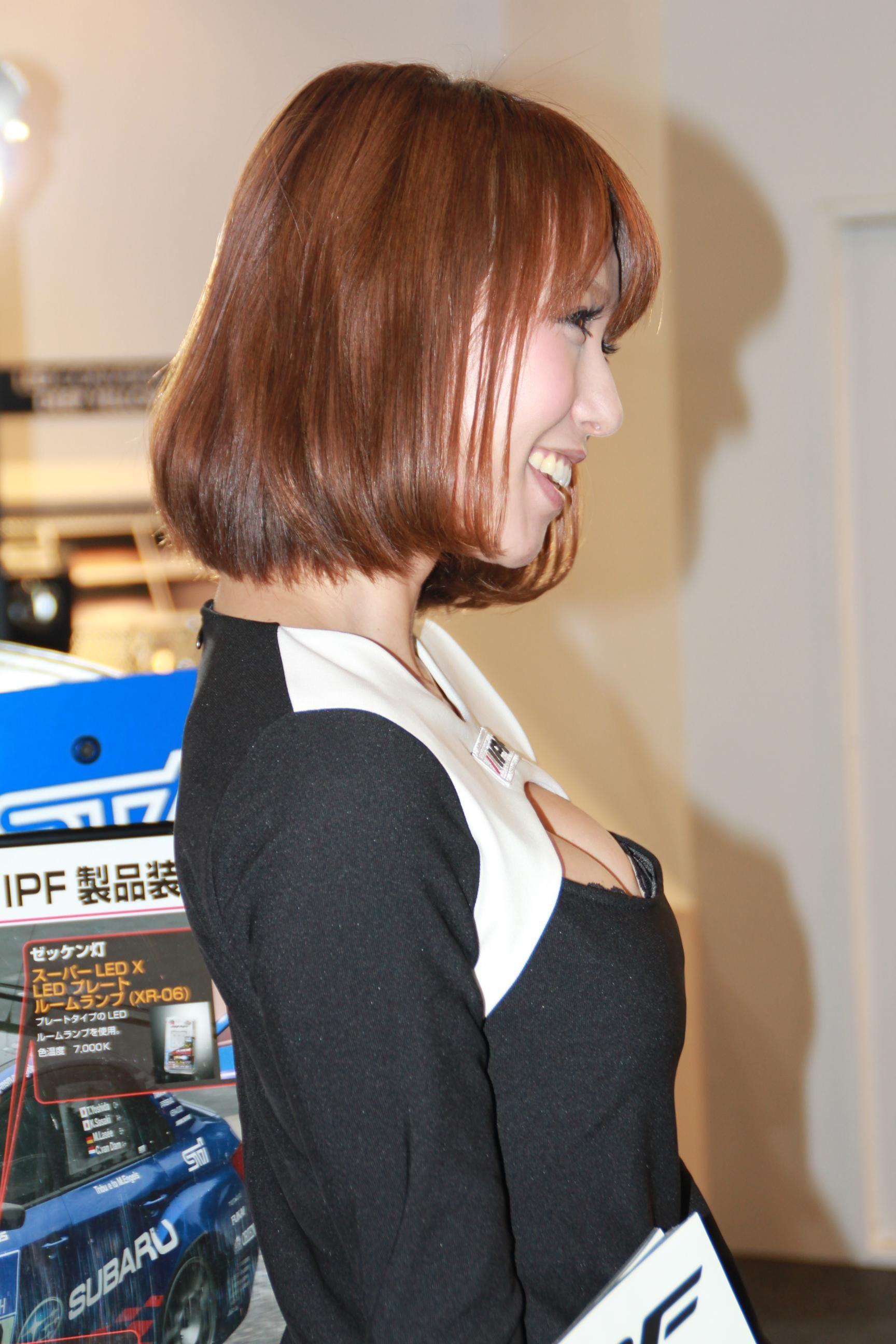 【キャンギャルエロ画像】イベントには不可欠!乳のそそるキャンギャル達www 01