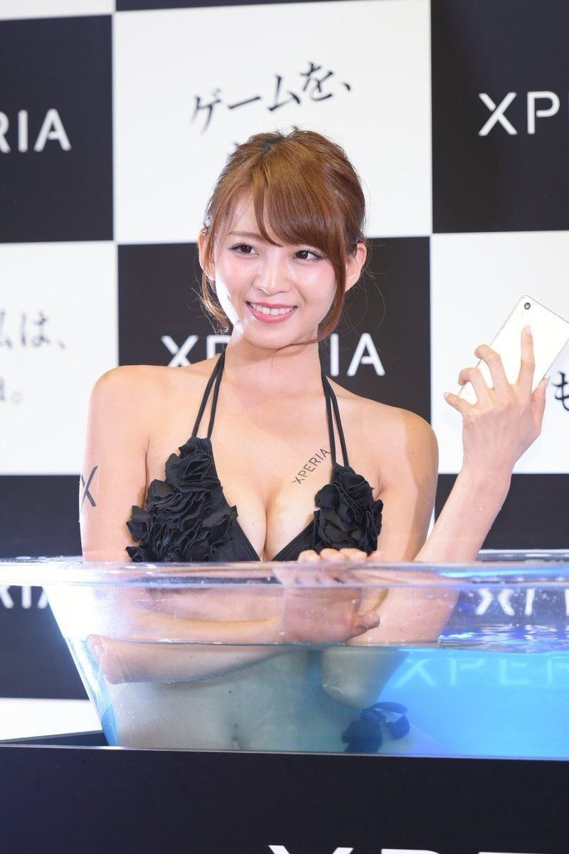 【キャンギャルエロ画像】イベントには不可欠!乳のそそるキャンギャル達www 04