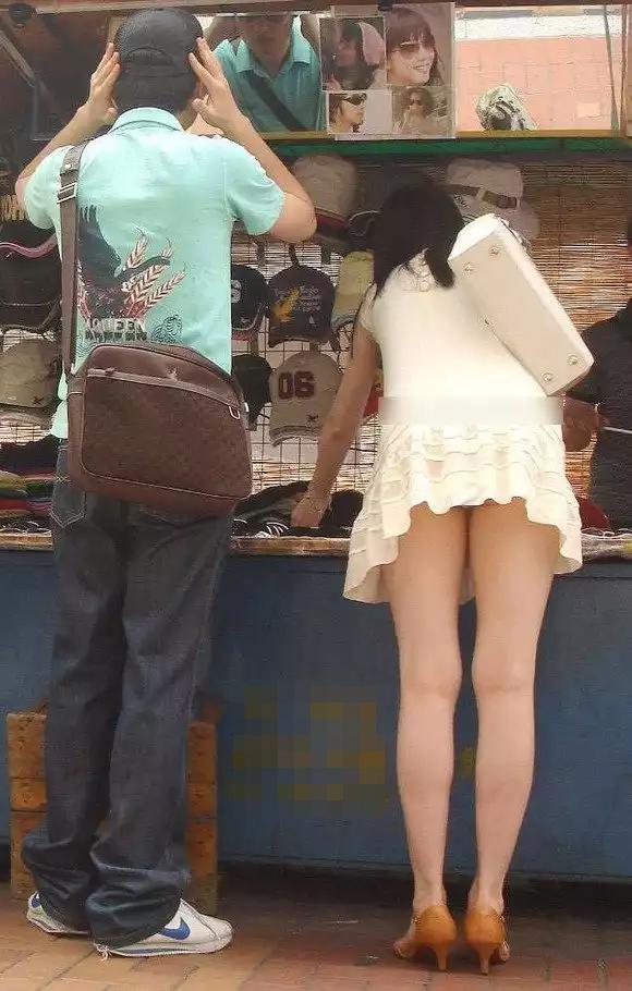【美脚エロ画像】タイツ脱ぐのを待ってますw春まで待てないから街美脚ギャラリーwww 04