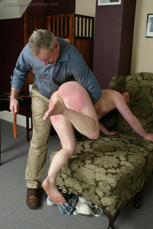 【SM尻エロ画像】真っ赤に腫れる程濡れているwスパンキングで傷モノにされた尻www 03