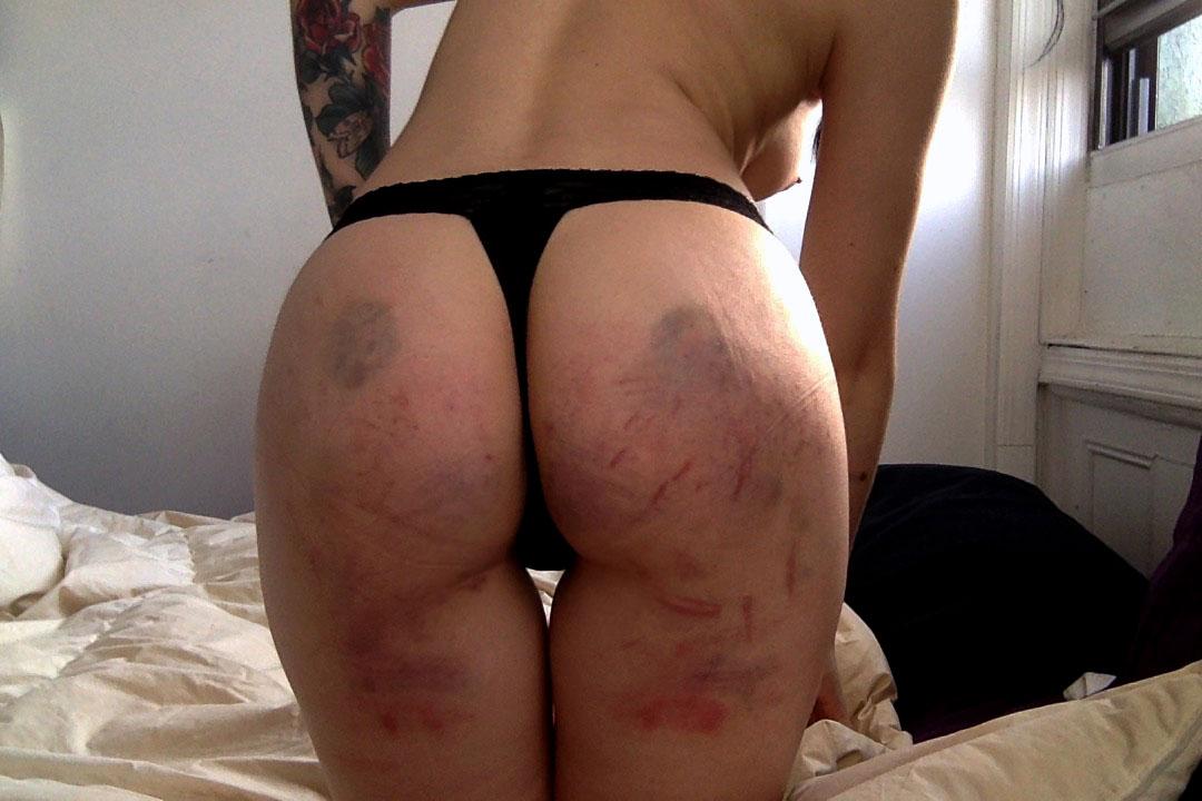 【SM尻エロ画像】真っ赤に腫れる程濡れているwスパンキングで傷モノにされた尻www 05