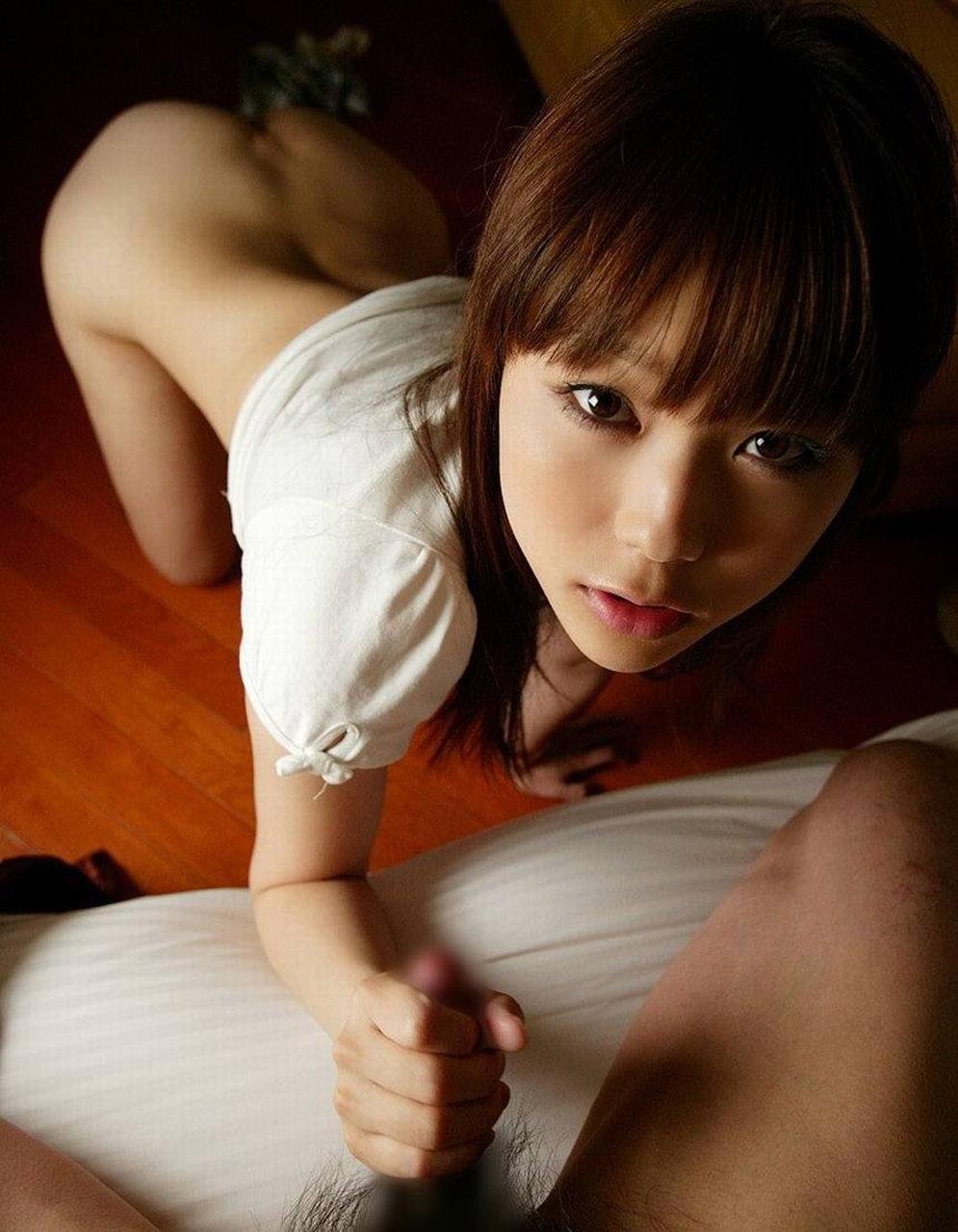 【手コキエロ画像】手抜きではないw女のシゴきが導いてくれる手コキご奉仕www 09