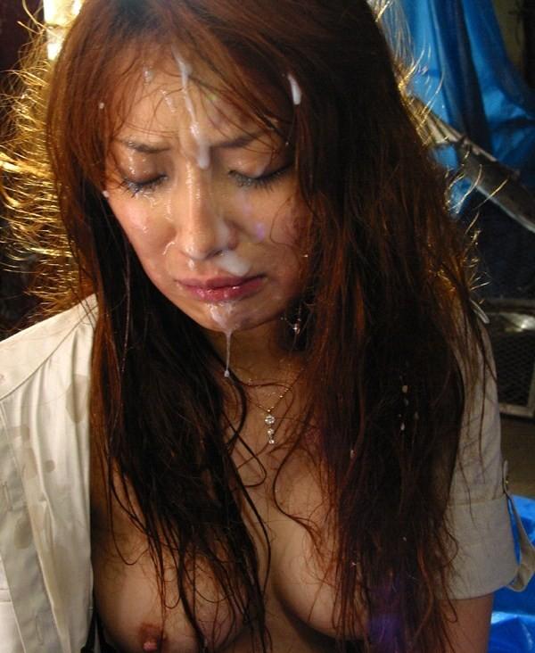 【ぶっかけエロ画像】出せるなら遠慮なく!美顔を埋め尽くす大量顔射www 07