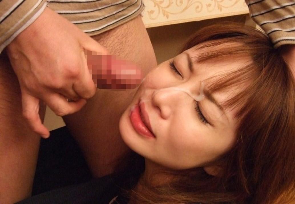 【ぶっかけエロ画像】出せるなら遠慮なく!美顔を埋め尽くす大量顔射www 13