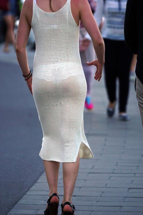 【下着透けエロ画像】見えてますが…と言う方が失礼みたいな下着透け淑女www 10