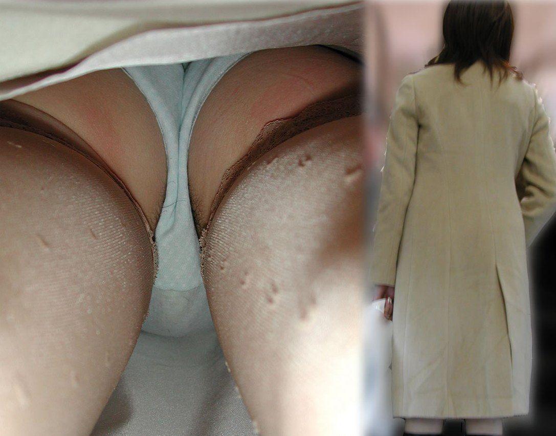 【パンチラエロ画像】ロングスカートも真下は不可避w大胆な下着を暴く逆さ撮りwww 12