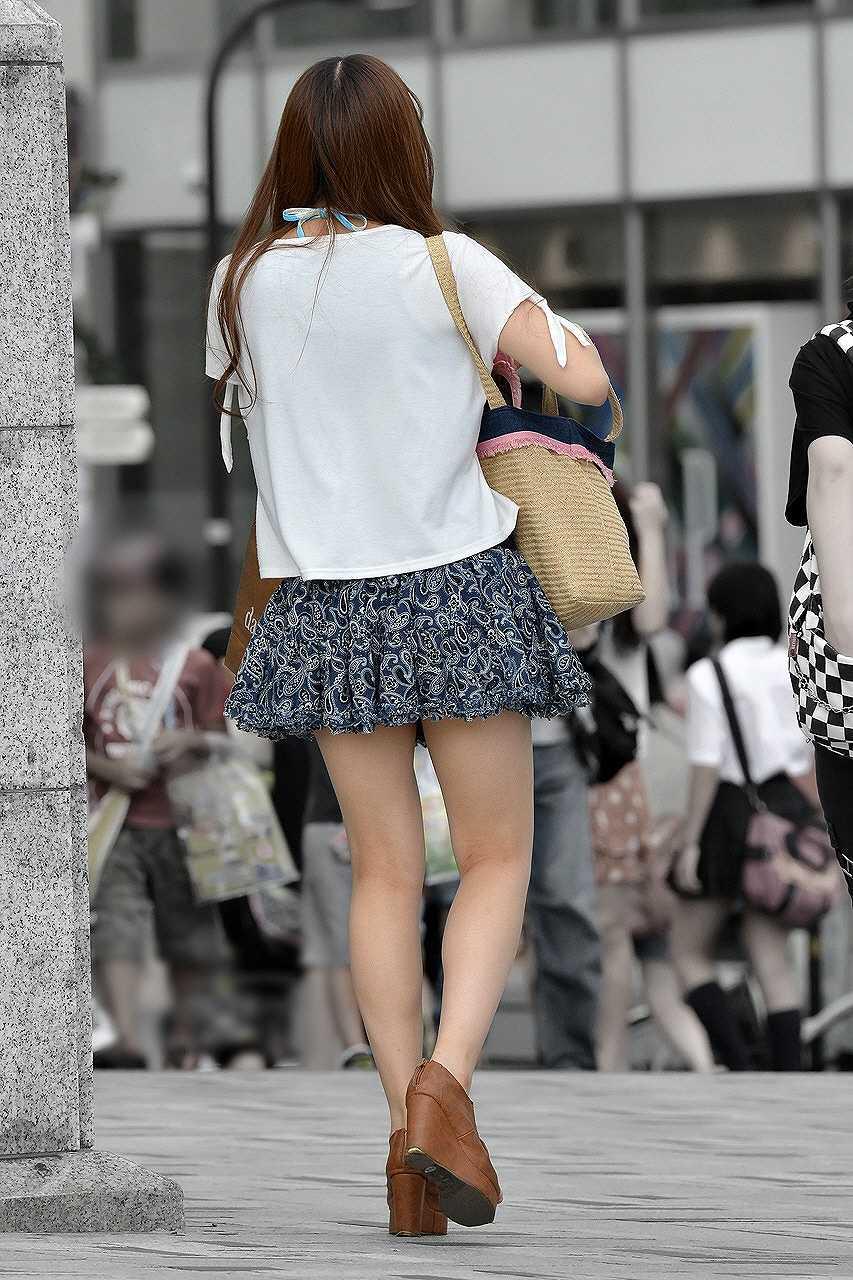【美脚エロ画像】今なら生多数w街に出れば幾らでも遭遇できる美脚の持ち主たちwww 09