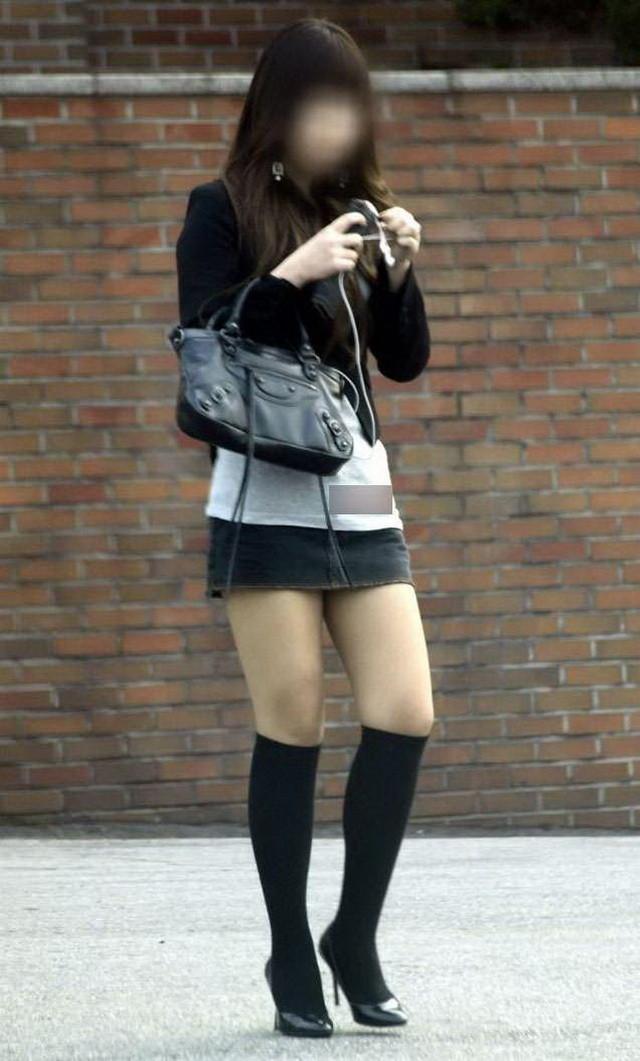 【美脚エロ画像】今なら生多数w街に出れば幾らでも遭遇できる美脚の持ち主たちwww 10