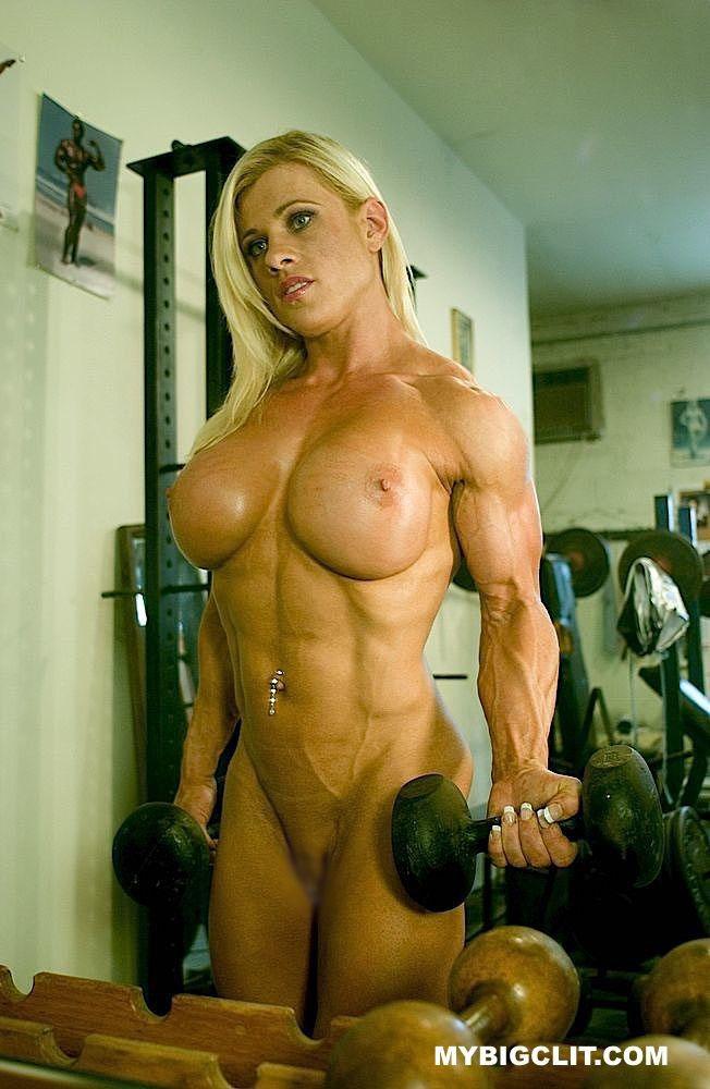 【海外エロ画像】筋肉よりも気になるものが…外人さんの全裸エクササイズwww 08