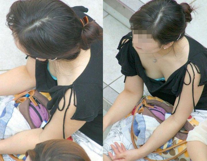 【ブラチラエロ画像】カップが浮くと…乳頭も期待できる胸チラ&ブラチラwww 06