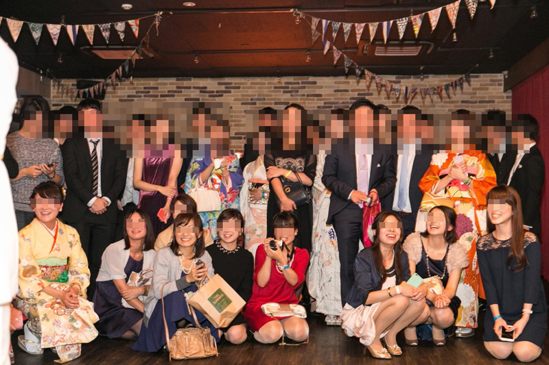 【パンチラエロ画像】ミニ着用者を前列にして…記念写真パンチラの完成www 15