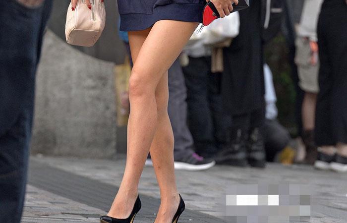 【美脚エロ画像】多過ぎて結構w街の大半は絶品美脚の持ち主ばかりwww 001