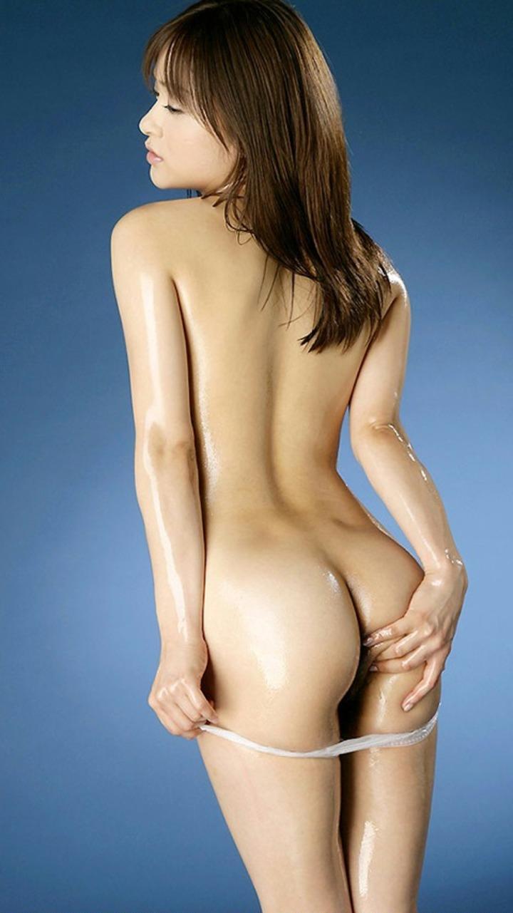 【背中エロ画像】舐め回してみたい…肌艶綺麗で淫靡な女の裸の後ろ側www 12