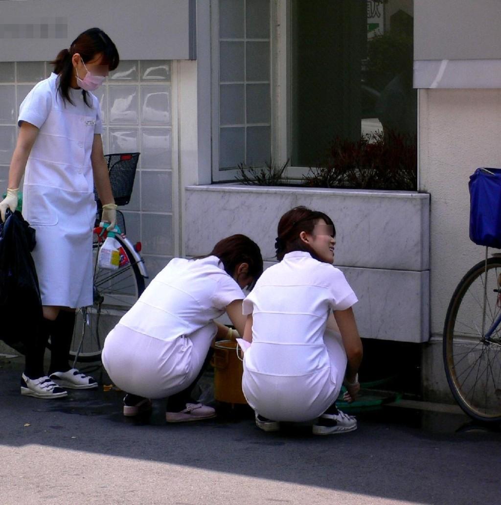 【ナースエロ画像】鉄壁の白衣でもなかったりする看護師たちの下着透けwww 04