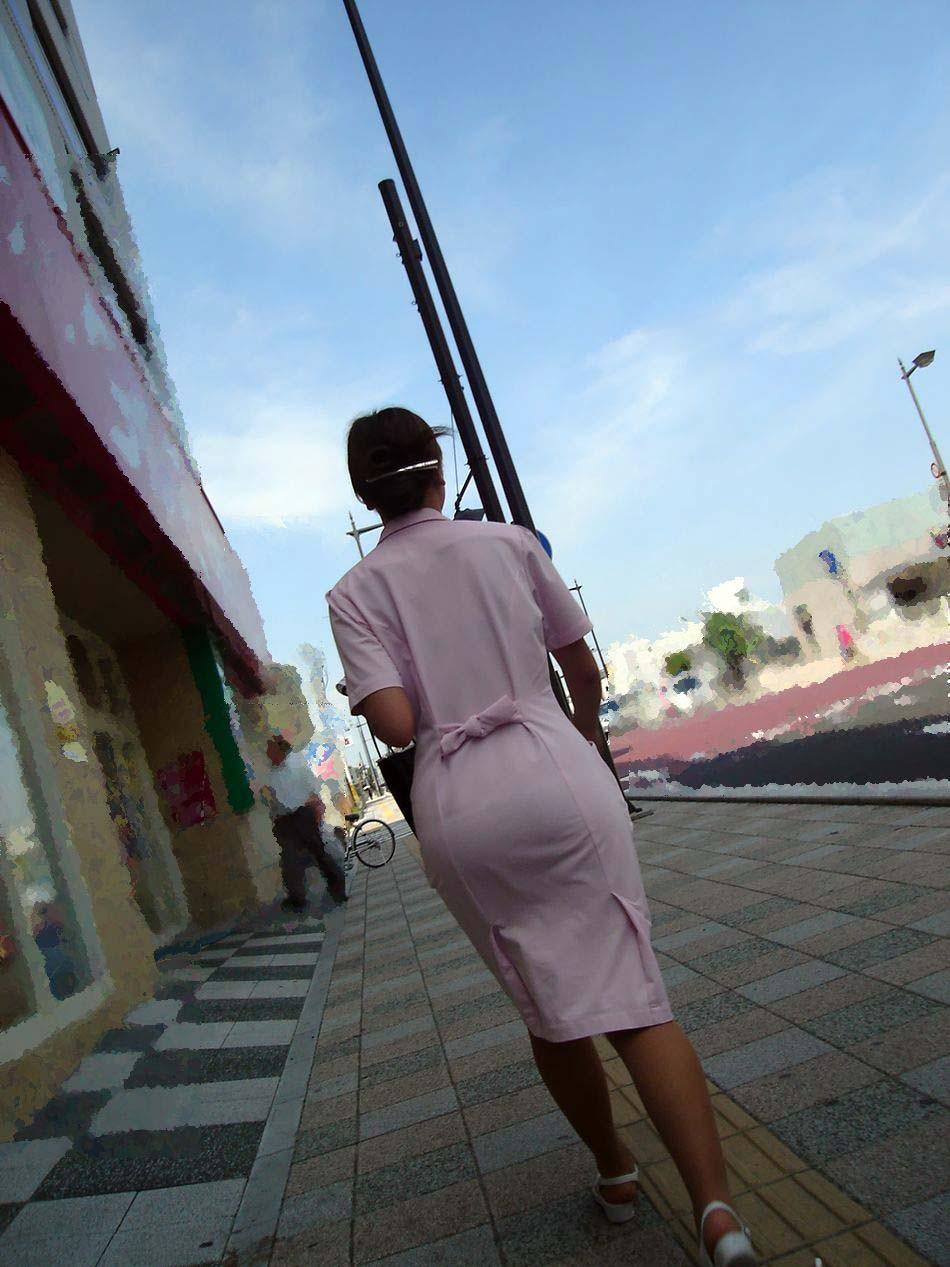 【ナースエロ画像】鉄壁の白衣でもなかったりする看護師たちの下着透けwww 06