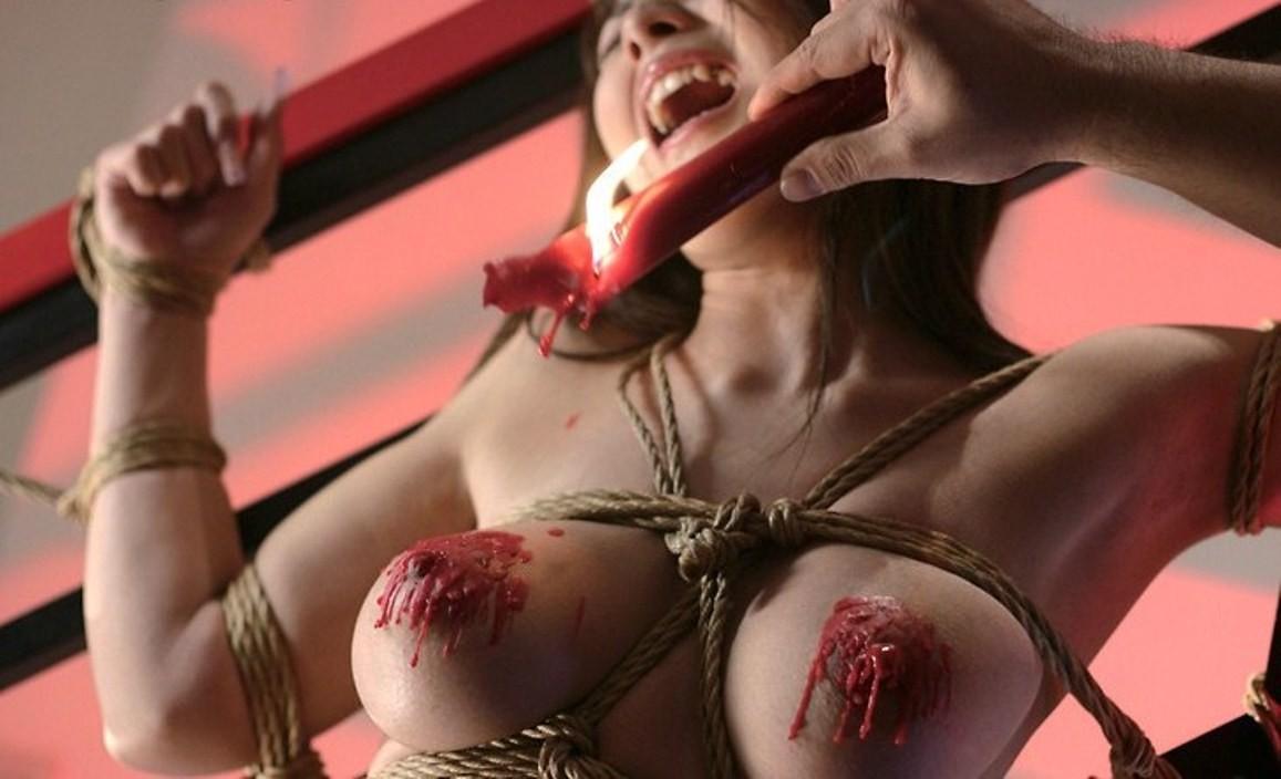 【緊縛エロ画像】縄効果でもっと大きく見えるw緊縛美女たちの際立つ巨乳www 08