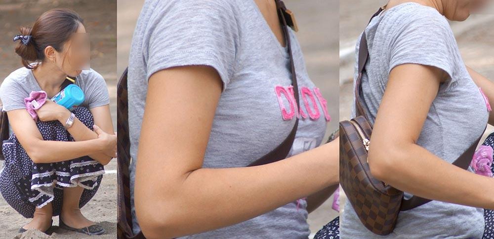 【パイスラエロ画像】手提げに負けるな!たすき掛けバッグならではのパイスラ着胸www 03