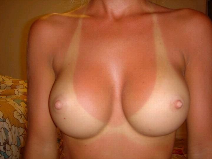【日焼けエロ画像】くっきりと痕が残っている日焼けボディはいつでも股間を刺激してくるwww 20