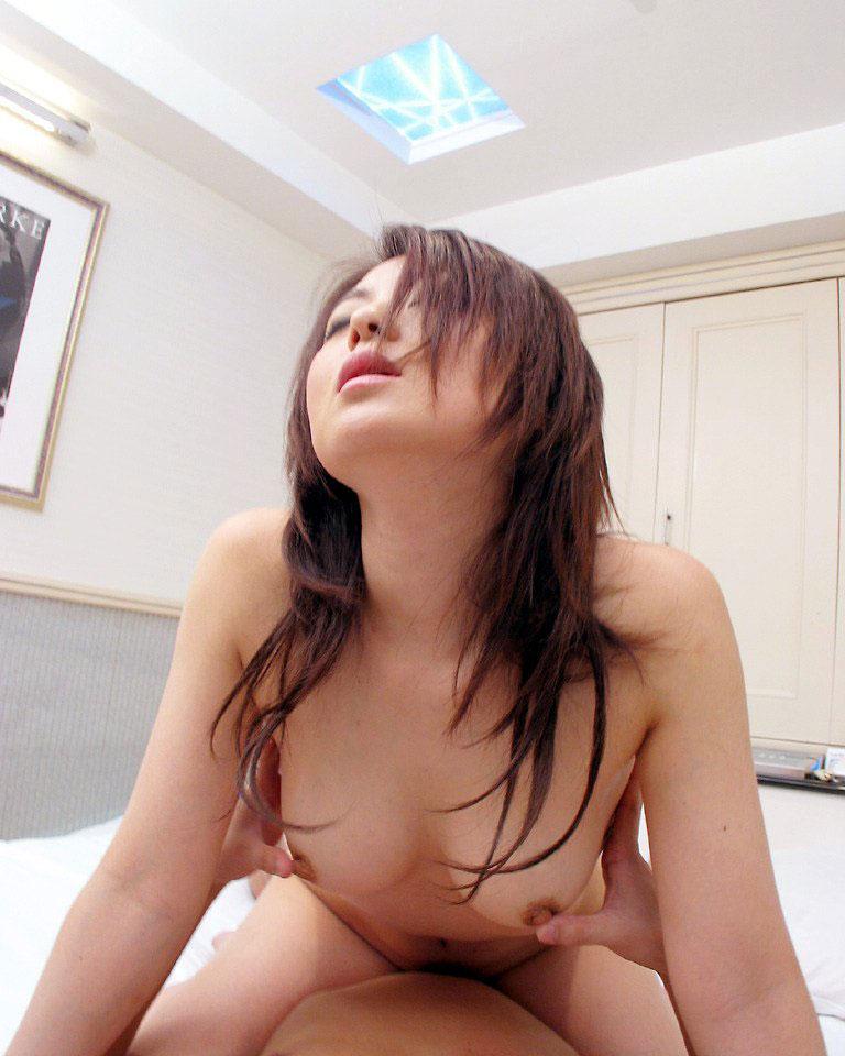 【セックスエロ画像】撮られてることを忘れてそうなぐらい気持ちよさそうなセックス画像まとめ! 19