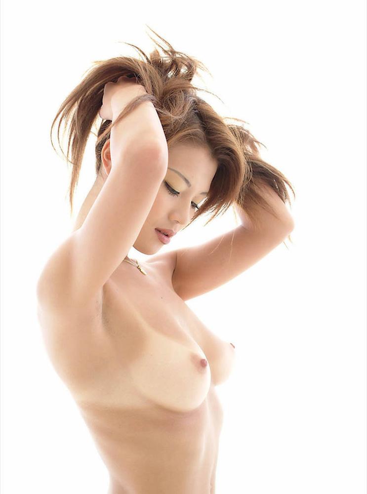 【腋おっぱいエロ画像】腋フェチもおっぱいフェチも満足できる両方とも最高なオナネタ集! 23
