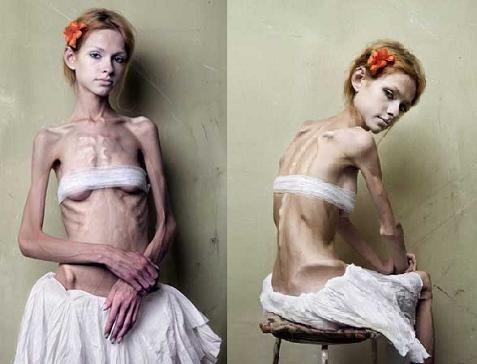 【ガリガリエロ画像】ちゃんと食べてるのか心配になるぐらい細い女の子ってwww 19