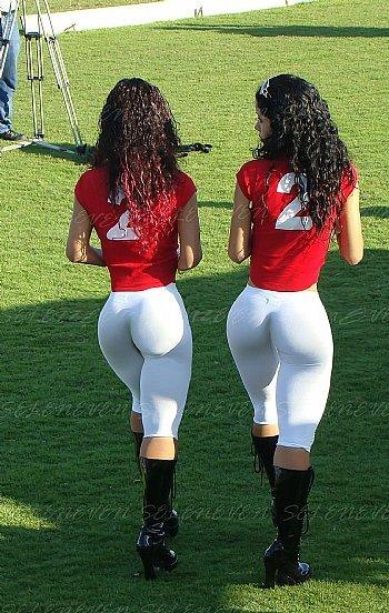 【南米エロ画像】サンバで鍛えられた南米のお姉さんたちの巨尻が素晴らしいwww