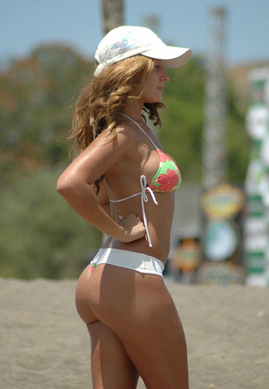 【南米エロ画像】サンバで鍛えられた南米のお姉さんたちの巨尻が素晴らしいwww 30