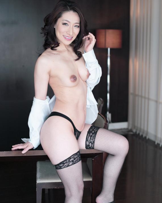 【熟女エロ画像】熟れた女性が肉欲を抑えきれずに発する本物の色気が最強!!! 26