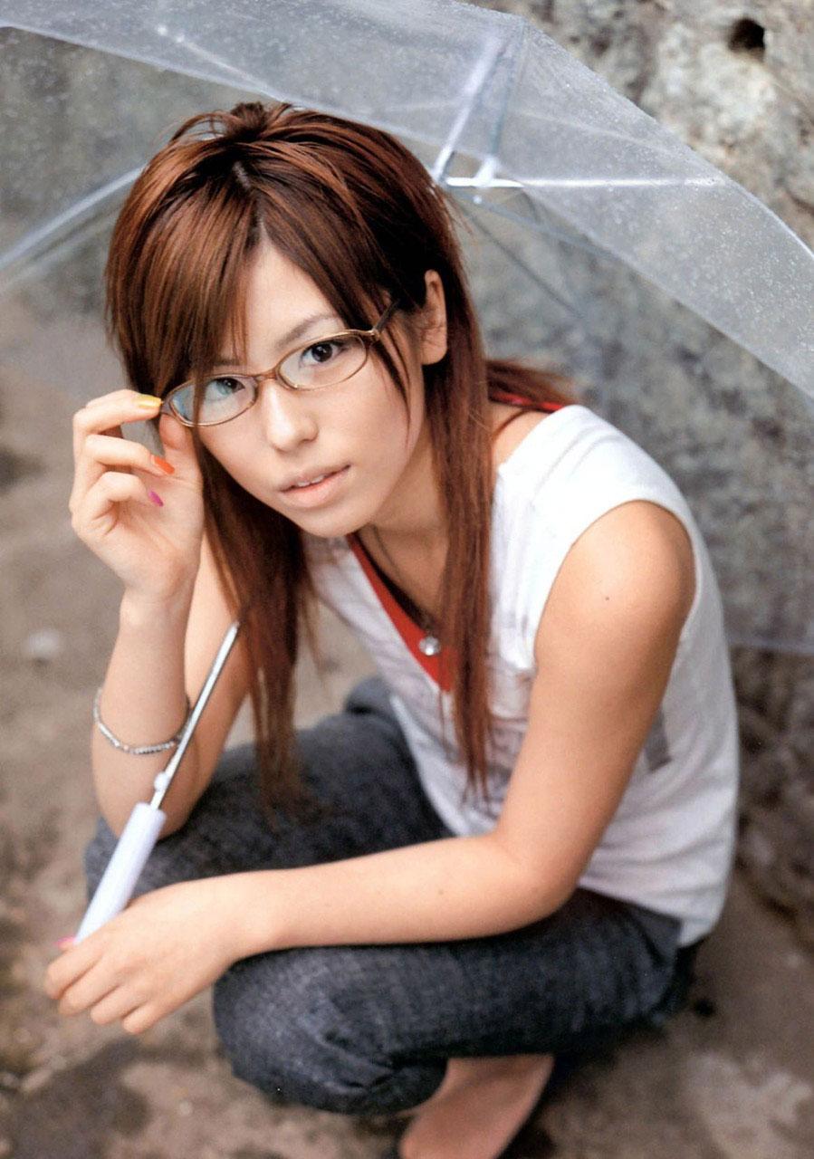 【メガネエロ画像】エロはいいから眼鏡かけた女の子が見たいという方に捧げる画像集! 15