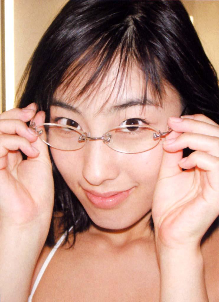 【メガネエロ画像】エロはいいから眼鏡かけた女の子が見たいという方に捧げる画像集! 16