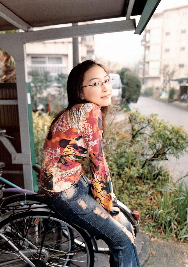 【メガネエロ画像】エロはいいから眼鏡かけた女の子が見たいという方に捧げる画像集! 18