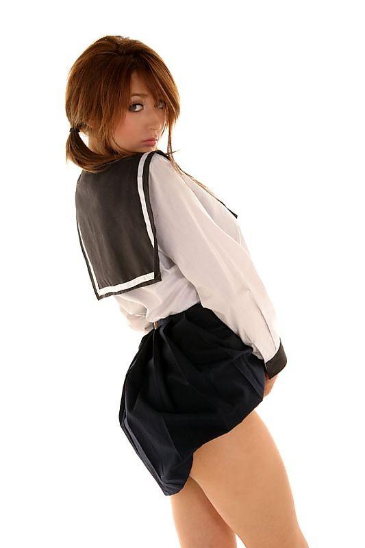 【外国人エロ画像】海外の女性が着るセーラー服のコスプレ感とエロさwww 34