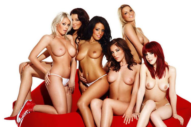 【複数ヌードエロ画像】全裸のお姉ちゃんが並んで立ってるだけで幸せになれるwww 08