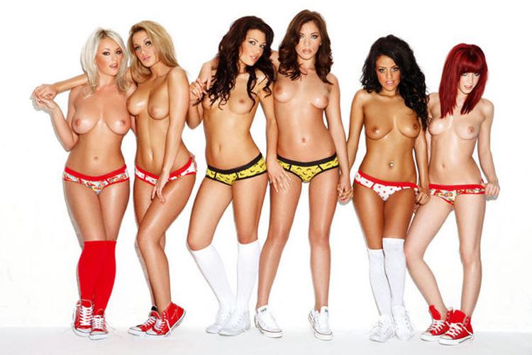 【複数ヌードエロ画像】全裸のお姉ちゃんが並んで立ってるだけで幸せになれるwww 30