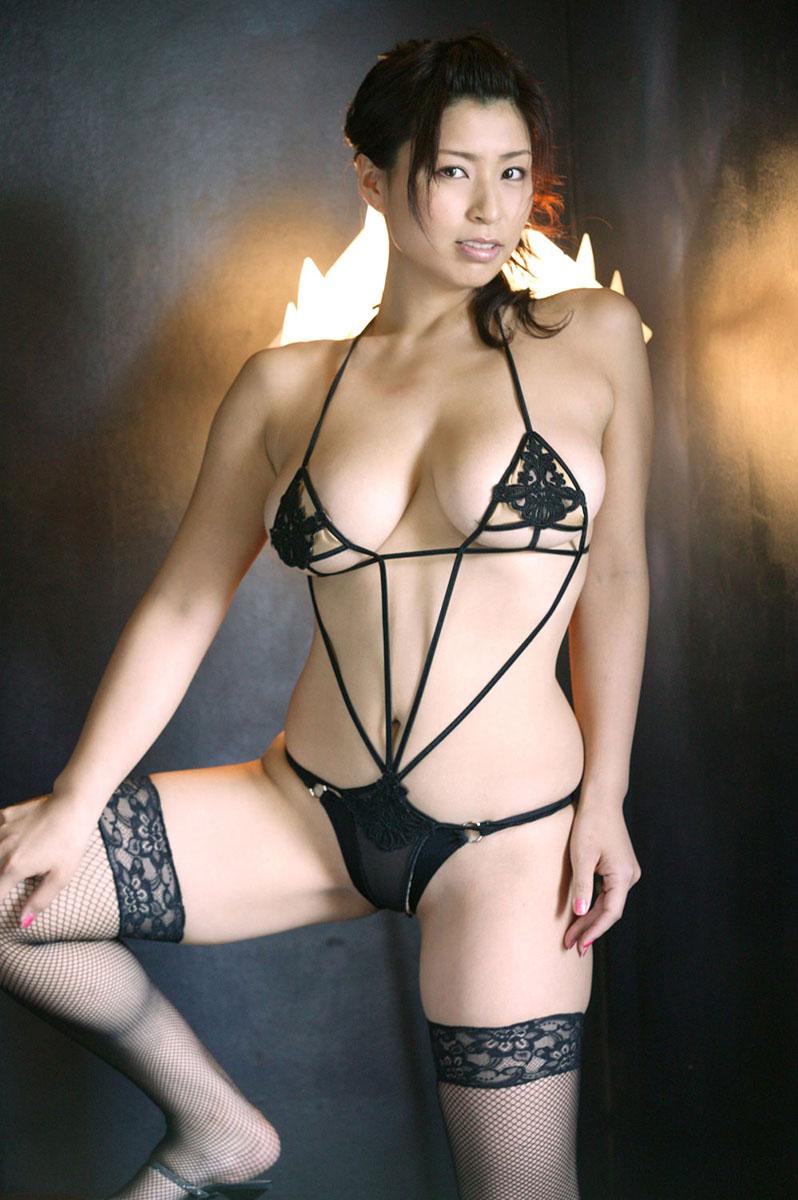 【下着エロ画像】ただの下着ヌードなのにやたらとエロいスタイル抜群の美女まとめ! 07