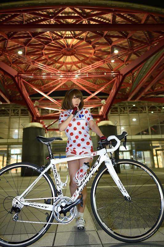 【自転車エロ画像】ただただ自転車に乗っている女の子が可愛いというだけの画像まとめ! 09