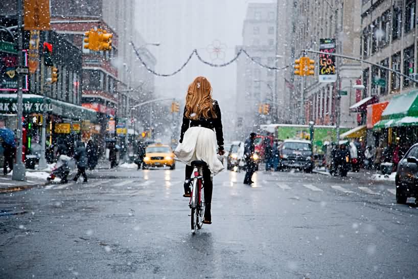 【自転車エロ画像】ただただ自転車に乗っている女の子が可愛いというだけの画像まとめ! 17