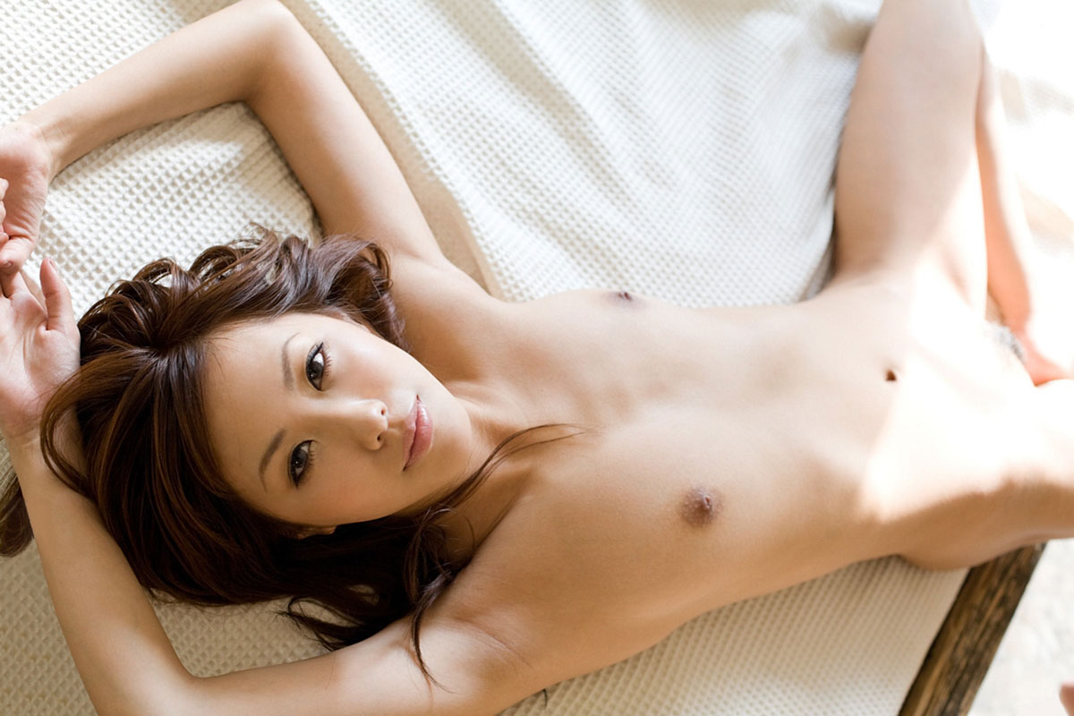 【腋エロ画像】毛の処理がバッチリされている腋が醸し出す妖艶なエロスwww 30