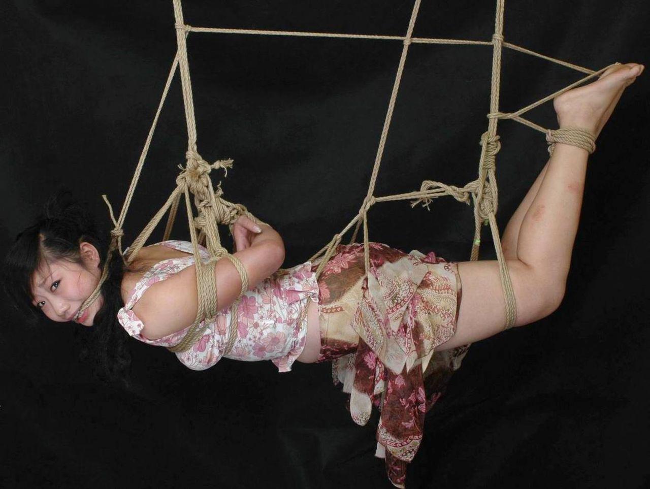 【緊縛エロ画像】ドMな彼女ができたときのために緊縛画像で勉強しておこう! 06