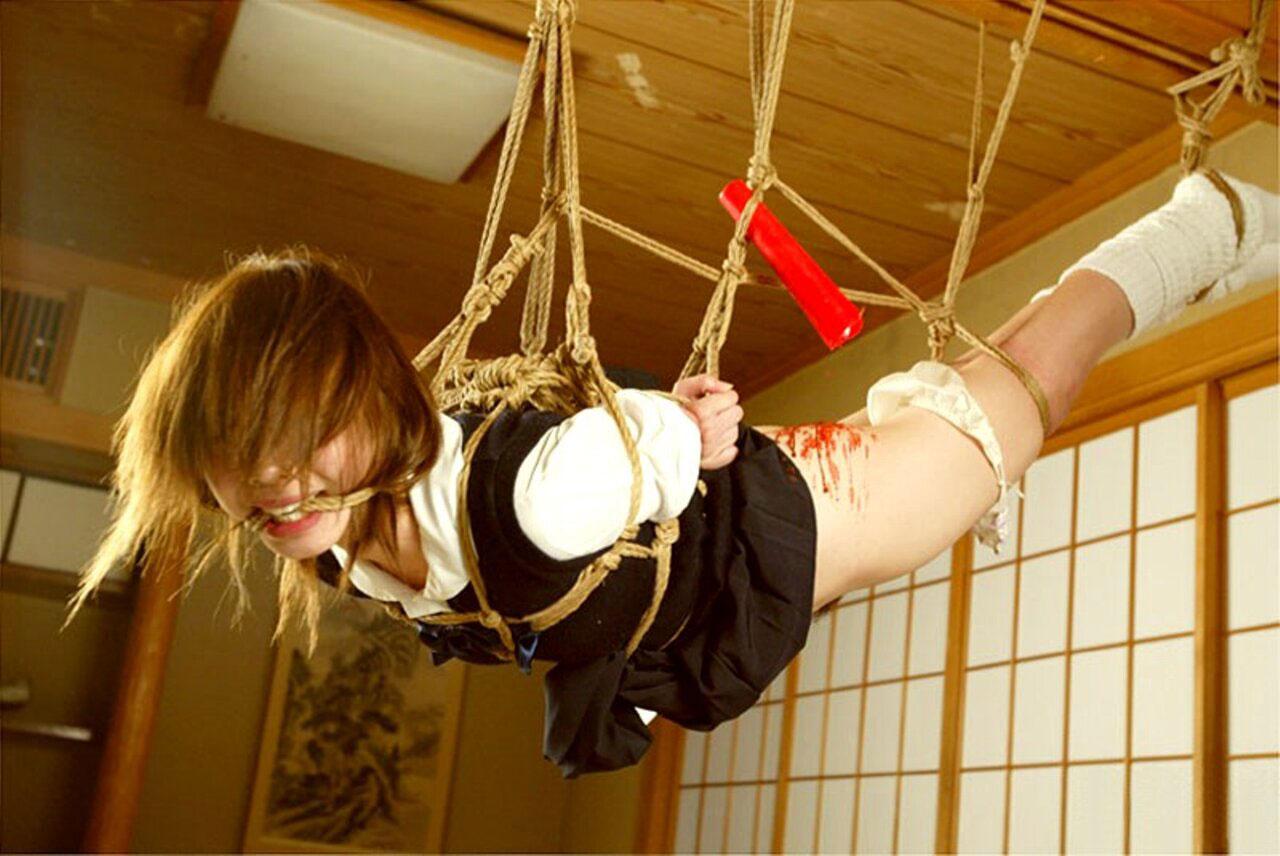 【緊縛エロ画像】ドMな彼女ができたときのために緊縛画像で勉強しておこう! 09